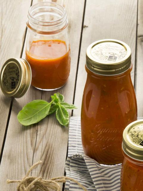Томатный соус с овощами
