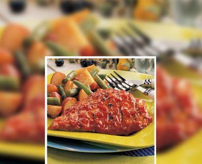 Pollo a la parrilla con tomate