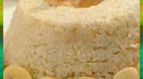 Arroz con salsa de pollo