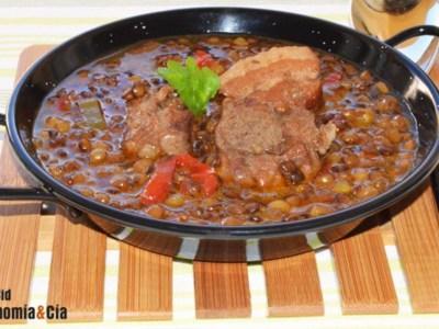 recetas-lentejas-con-sotilla-de-cerdo-guatemala-mundochapin