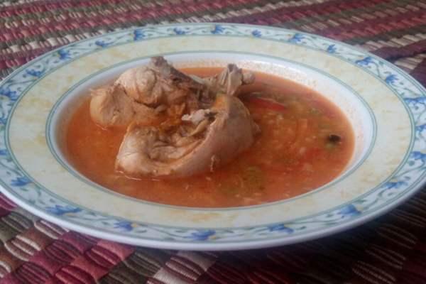 receta-sopa-de-arroz-con-pollo-mundochapin-guatemala