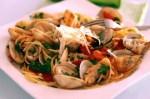 espaguettis con almejas y gambas - Puré vegetariano de patata y puerro