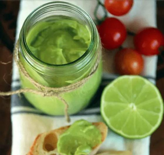 mayonesa casera de aguacate - Receta de mayonesa de aguacate vegana
