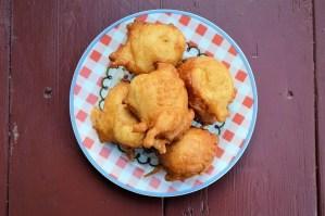 buñuelos de pescado - Recetas tradicionales de pescados y mariscos