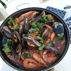 cataplana de marisco e1541371689907 - Cataplana o zarzuela de pescado y marisco de Algarve