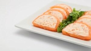 pastel de salmon ahumado 1 - Recetas tradicionales de pescados y mariscos