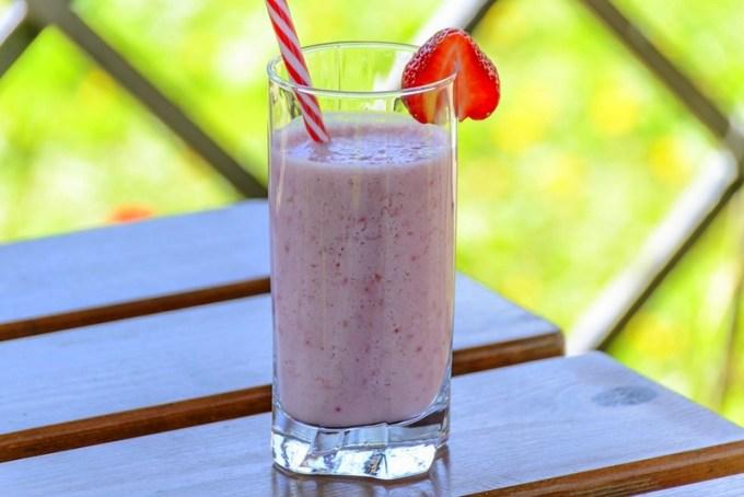 Batido de yogurt y frutilla