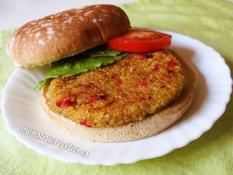Hamburguesa de quinoa y pimiento rojo