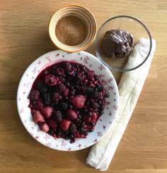 ingredientes para hacer tarta de frutos rojos con chocolate