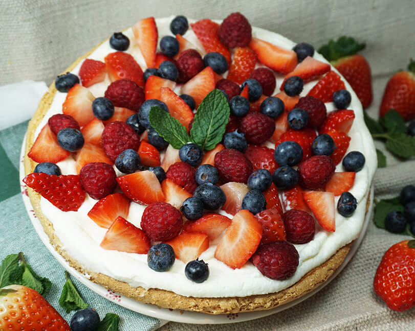 Tarta Pavlova de frutos rojos - RIQUÍSIMA Y LIGERA