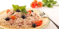 ensalada de arroz con atún y jamón