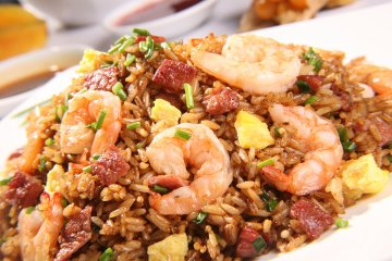 Receta de arroz chaufa de cecina y langostinos