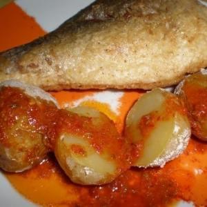 8e6a8be31a229b213cafae60019138de - ▷ Dorada frita acompañada de papas arrugadas y mojo picón al estilo Mila 🐟