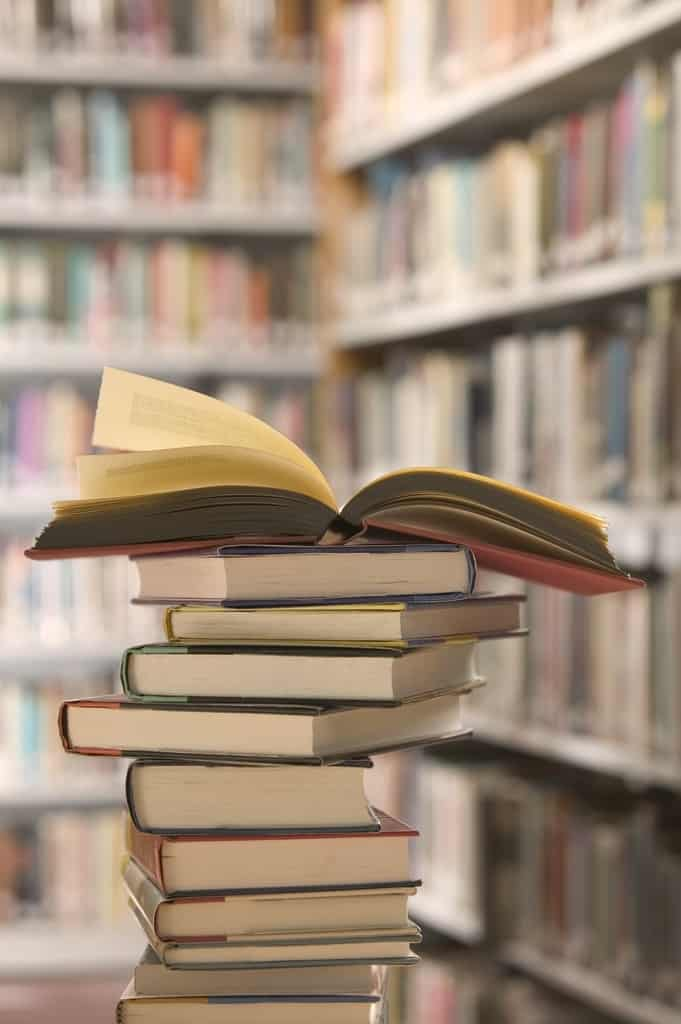 f3fa6960b52e3c842fd94fee5eb122ab - ▷ De visita a la vieja librería ✍