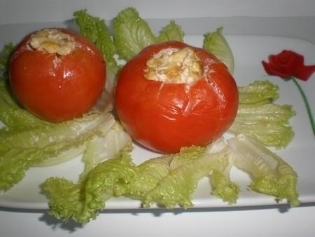 083a3cd1f6267cd054f0bab31261d7ae - ▷ Tomates rellenos de revuelto de huevos 🍅 🥚