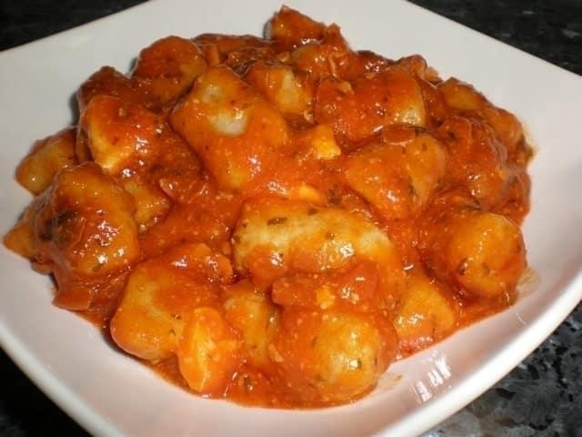 Ñoquis integrales de papas en salsa Susi