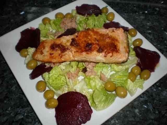 ▷ Lomos de salmón con machacado de ajos 🐠