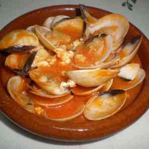 5622634ef28273566abb3f639e6e3780 - ▷ Almejas en salsa de yogur y tomate 🐚 🐚