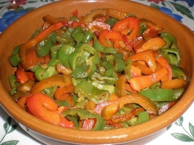 8ee1622798ac660e50827ba8cec8c7ef - ▷ Pimientos en wok a la sal 👩🍳 😋