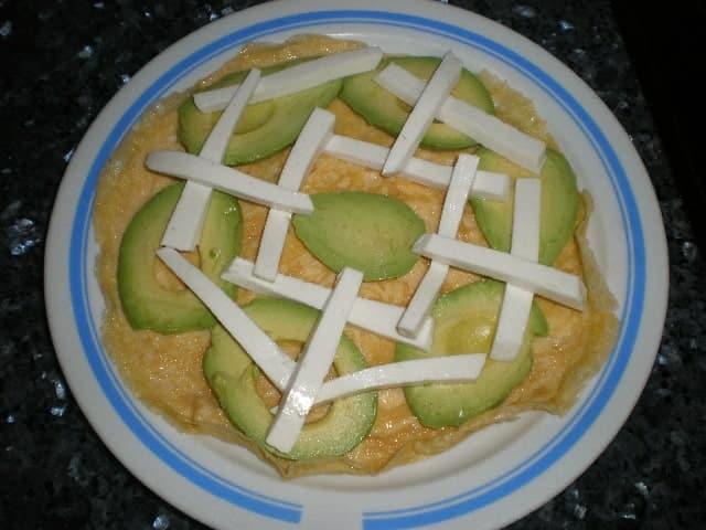 Crepe de tortilla con aguacate