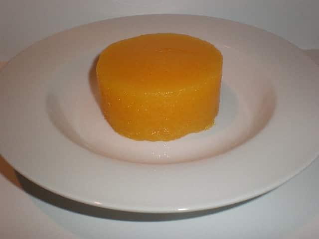 Centro de corona de gelatina de mandarinas