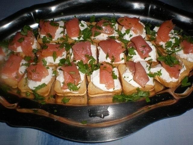 78468ad5288d433009367eeff5a5f3b3 - ▷ Canapés de salmón 🥙