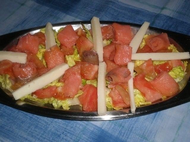 ▷ Ensalada de salmón y queso 🥗 🐠 🧀
