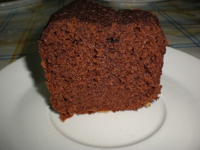Trozo de bizcochón con cacao