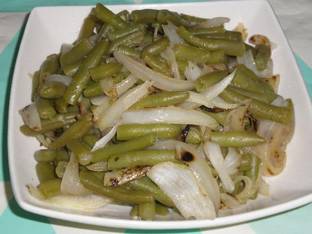 Habichuelas con cebolla