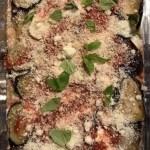 Tranches d'aubergines à la parmesane mozzarella sauce tomate et basilic