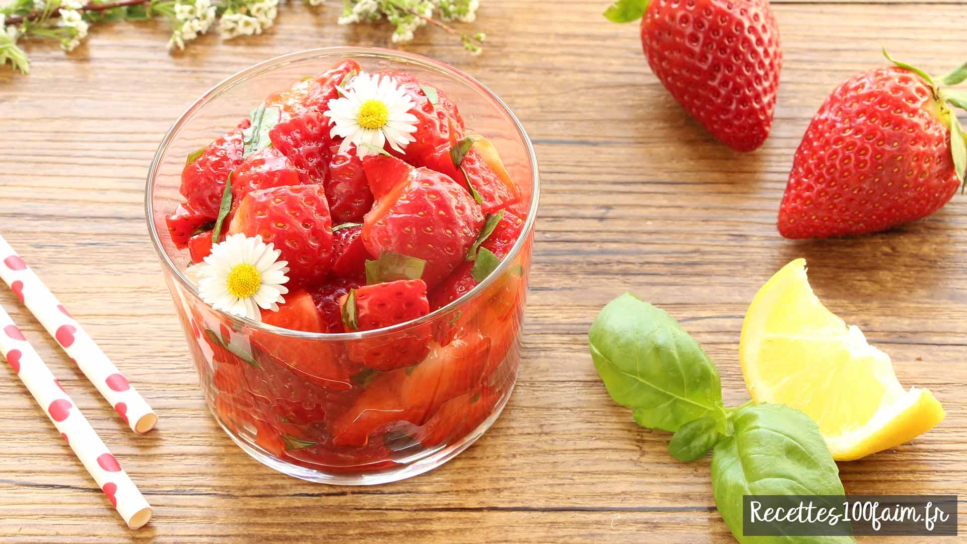 Recette de salade de fraises citron balsamique et menthe