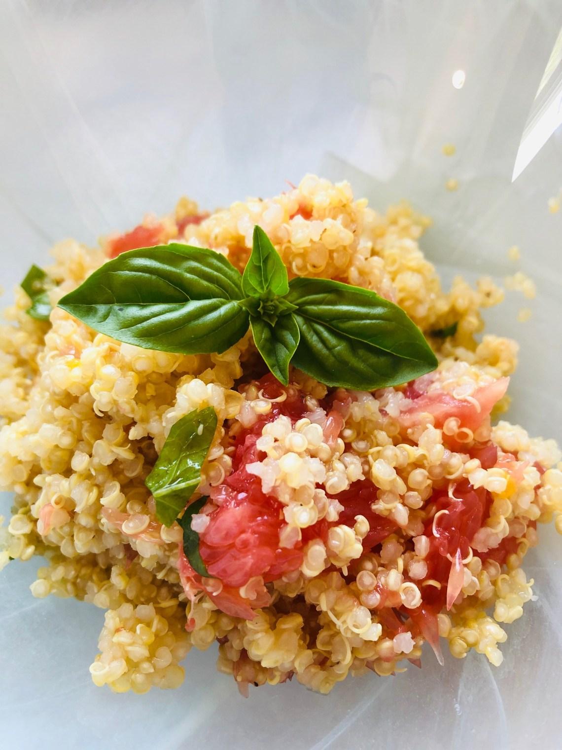 #recettesfamille #recettesansnoix #recettesansarachide #recettequinoa #saladequinoa #saladequinoaagrumes #saladefroide #rapascanicule