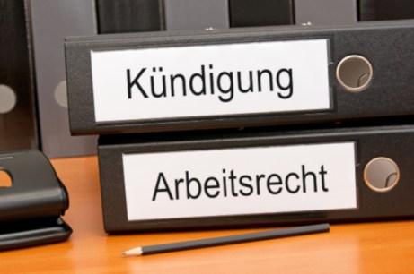 ArbeitsvertragKündigungLohnzahlung Urlaub/Überstunden