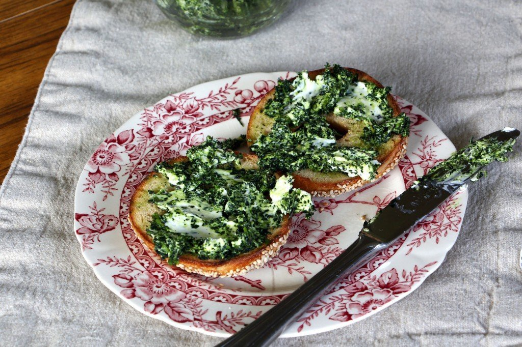 sourdough bagel with kale cream cheese