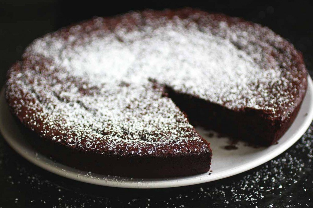 brown butter flourless chocolate cake