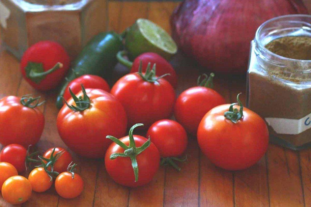 Fresh Tomato Salsa (Pico de Gallo)