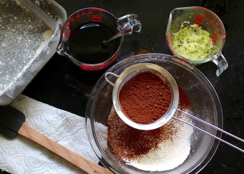 chocolate spice cake ingredients