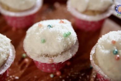 eggless coconut cupcakes