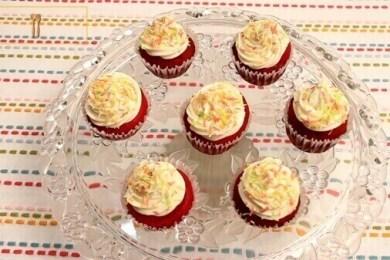 eggless red velvet cupcake