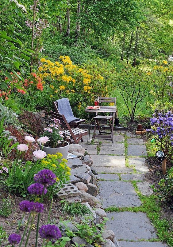Colorful Backyard Garden 4
