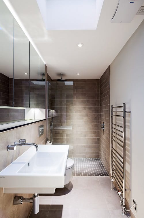 long narrow bathroom 1