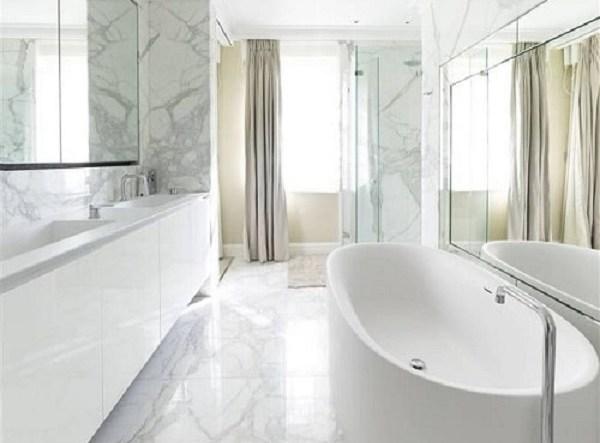 long narrow bathroom feature