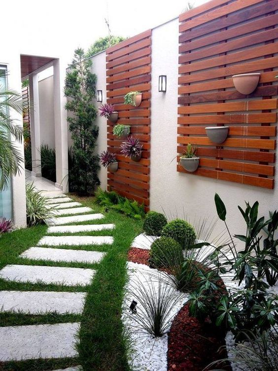 minimalist backyard garden 1