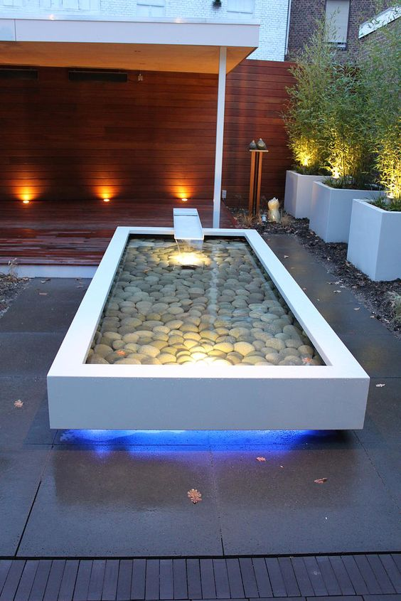 minimalist pond 15
