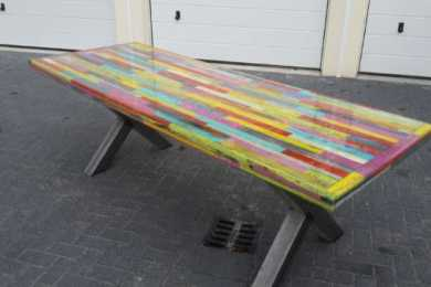 pallet dining table feature