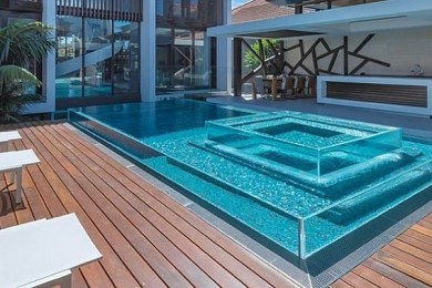 above ground swimming pool feature