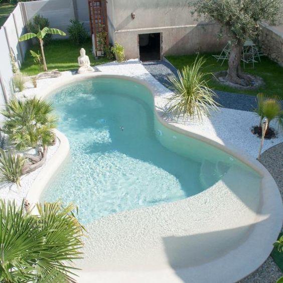 beach entry pool 6