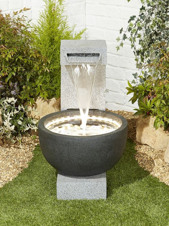 modern fountain ideas 18