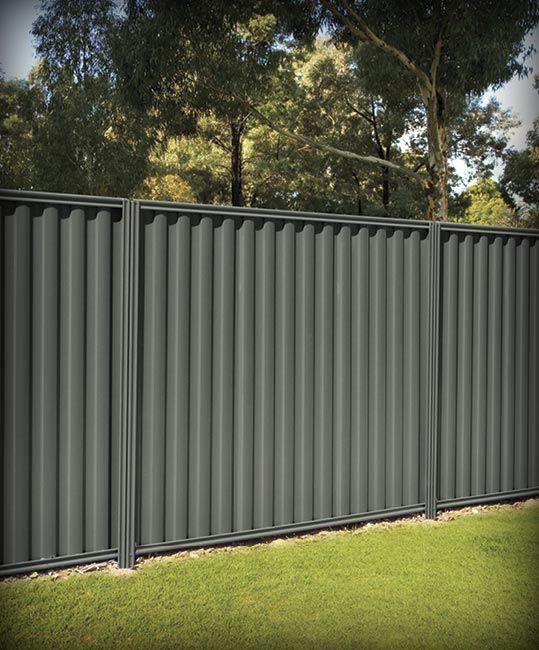 modern vinyl fence 22