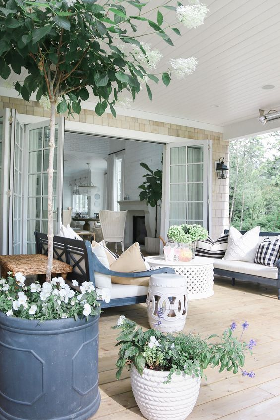 outdoor living room 20